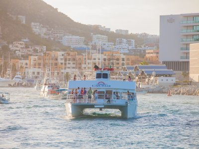 Tour en barco por bahía de San Lucas Los Cabos 2h