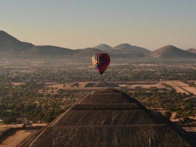 Volar en Globo Teotihuacán