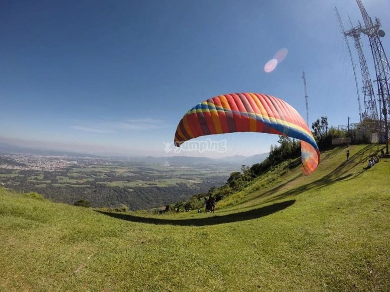 CCerro of the antennas with paragliding
