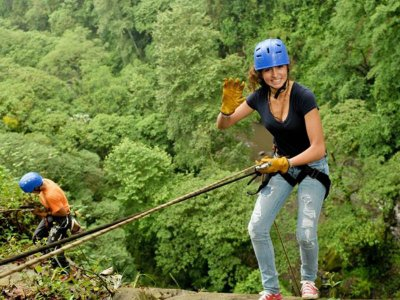 20-meter wall rappelling in Jalcomulco 2 hours