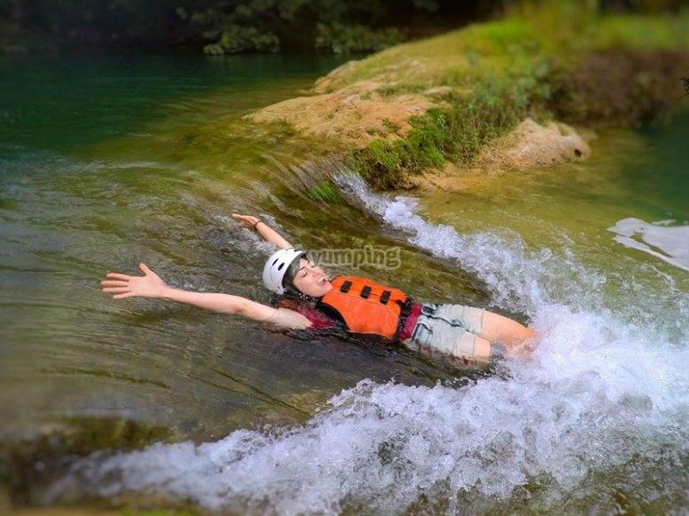 Disfrutando las aguas de Micos