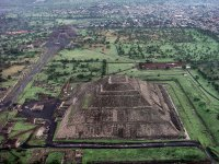 Views of Teotihuacan from the Globe