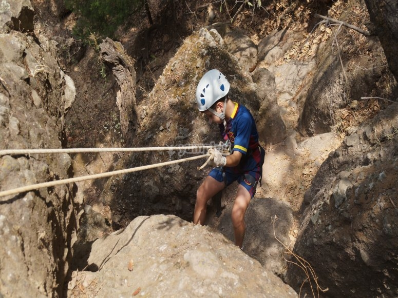 Rappel in magical town