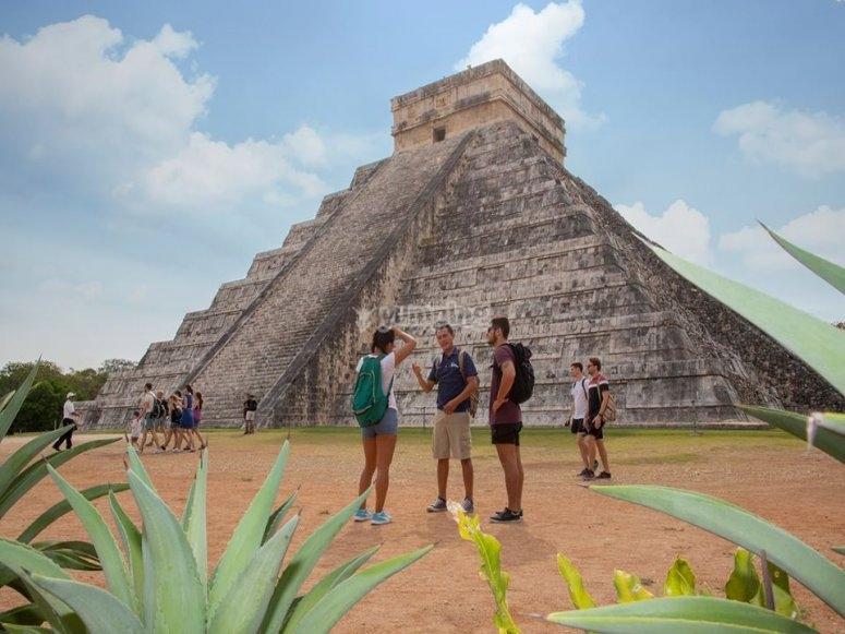 Conociendo la zona arqueológica en yucatan