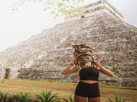 Guided tour of Chichen Itza with lunch 8h children