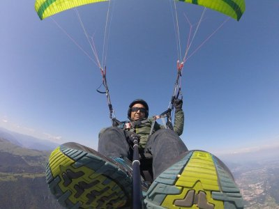 Paragliding flight with transfer and drink La Escalera