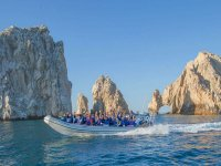 Boat trip and snorkel in Los Arcos 3 hours