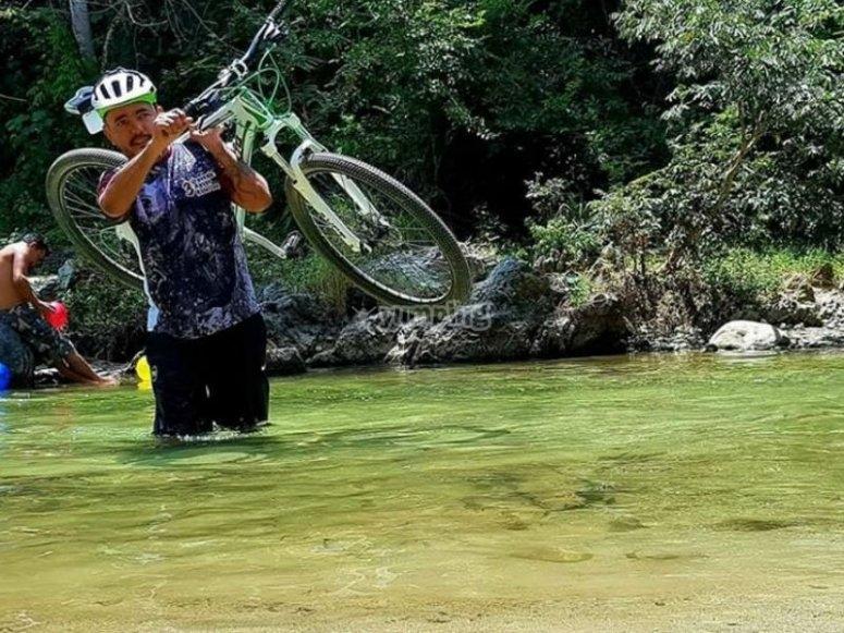 Escenarios desafiantes para los amantes de bici de montaña