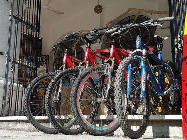 Nuestras bicis listas para iniciar la aventura