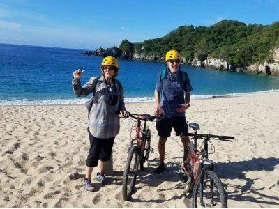 Ruta en bicicleta hacia Bahía de San Agustín 15km