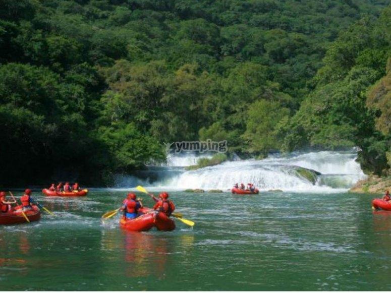 Rafting in Río Santa María