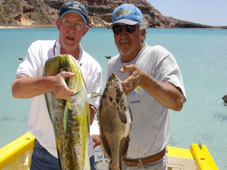 Pesca deportiva de dorado en alta mar
