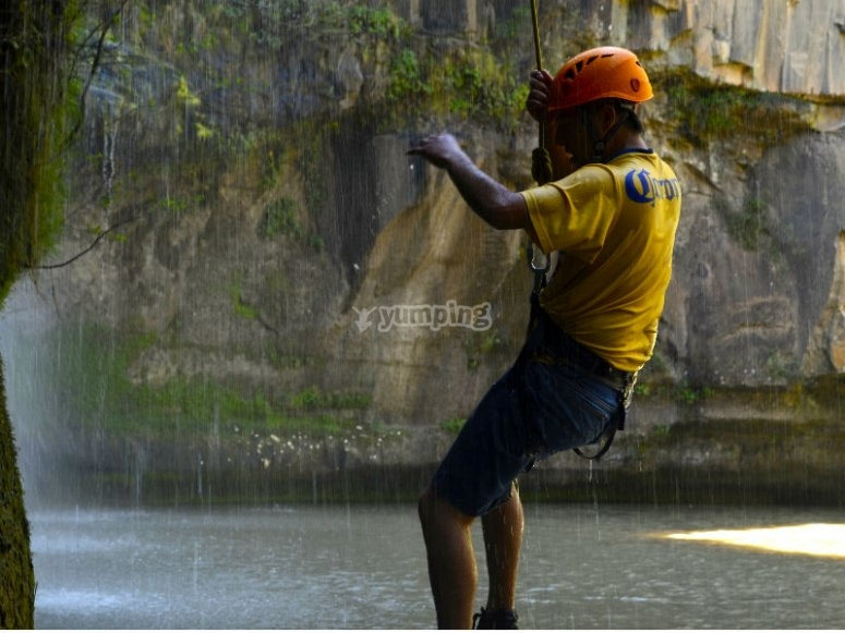 Maximum thrill with rappelling in Tixhiñu