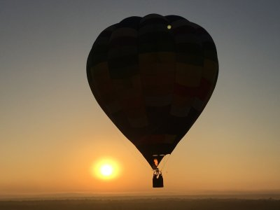 Private balloon flight and wine in Montemorelos