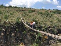 Cruza el puente