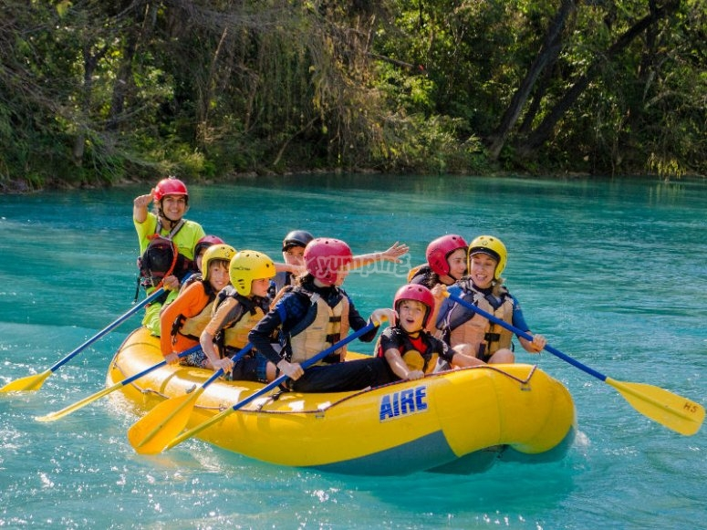 Come to live the adventure of jumping in the waterfalls of the Huasteca