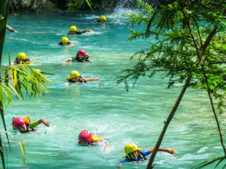 Enjoy the turquoise blue waters of the Huasteca potosina