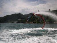 Giros y piruetas con el flyboard