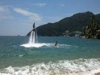 Mar, sol y flyboard