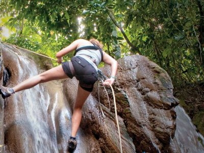 Rappel in waterfalls in the Sierra de Tacotalpa 1 h