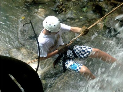 Rappel and Zipline Tour in Tacotalpa 3 hours