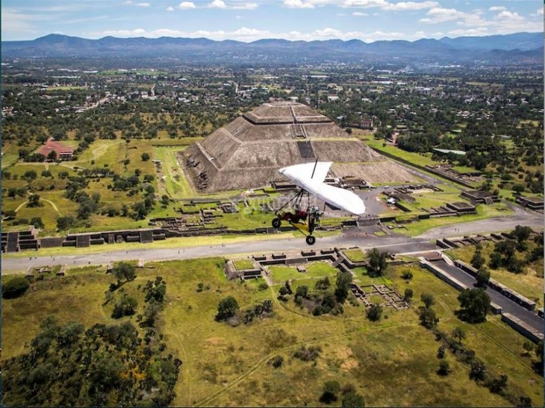 Spectacular panoramic views of the Teotihuacán Pyramids