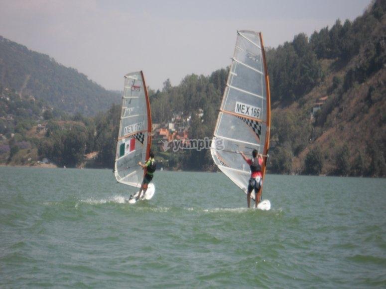 Sailing through Valle de Bravo