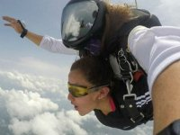 Tandem jump linked to your flight instructor