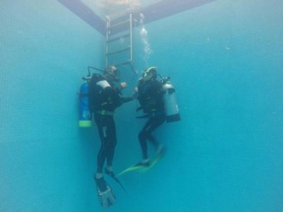 Advanced Open Water Diver Course in León 4 hours