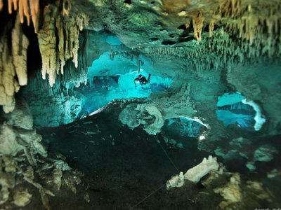 Diving in two cenotes Riviera Maya with 2 tanks