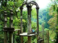 Guided tour of Xilitla with typical food 7 hrs