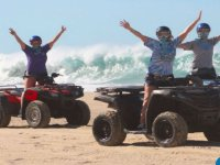 Cuatrimoto Los Cabos por pueblo, playa y desierto