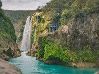 Explorando la cascada
