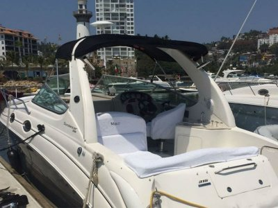 Private yacht rental for 8 pax in Acapulco 5 hours