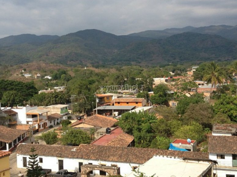 El Tuito nestled in La Sierra Madre