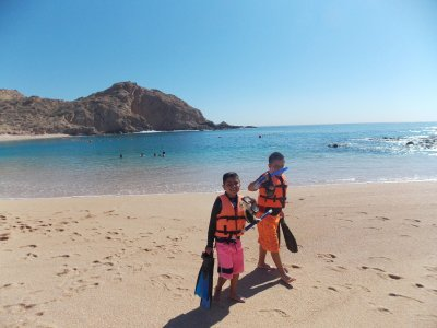 Snorkel para niños en 2 playas Los Cabos 4 horas