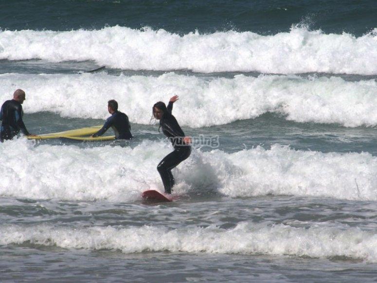Iníciate en el fascinante mundo del surf
