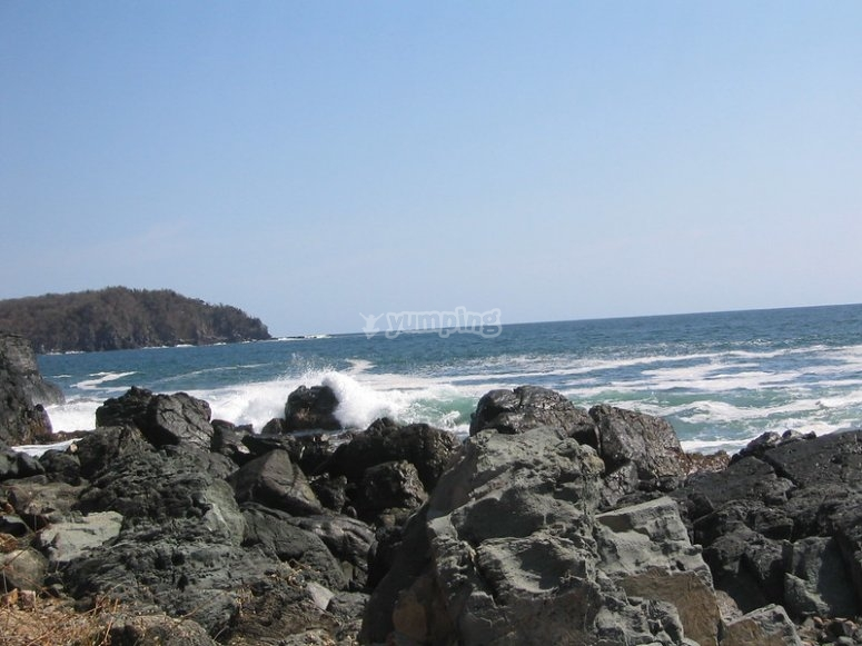 Paisajes con rocas y mar