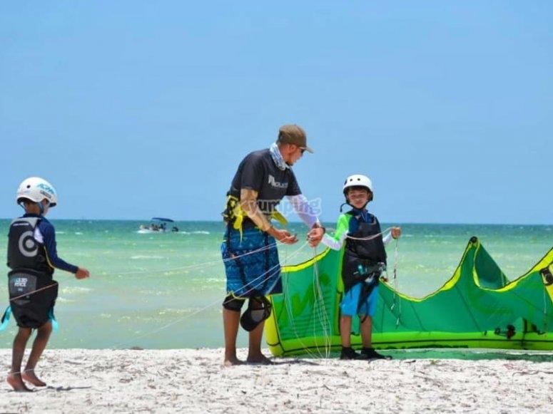 The kitesurfing class is also for children