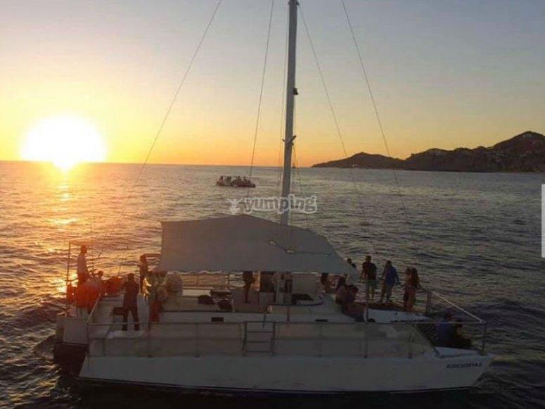 Puesta de sol en mar de cortes
