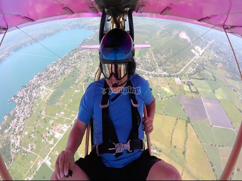 Adrenaline to the fullest as you fly over Tequesquitengo