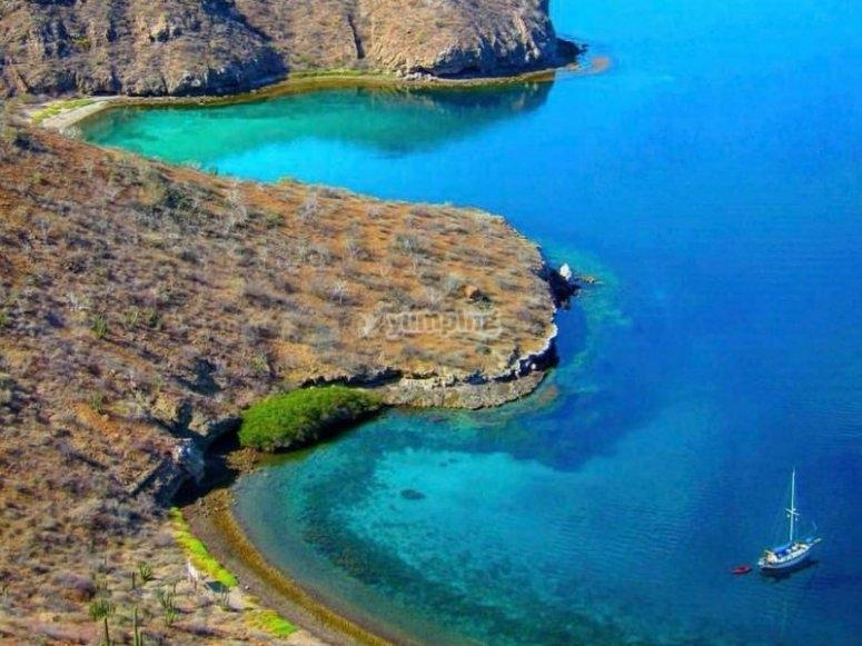 Impressive view of Danzante Island