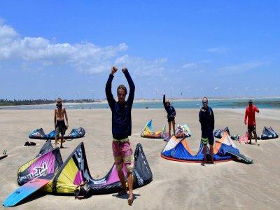 Lección de kiteboarding en El Cuyo 1 hora