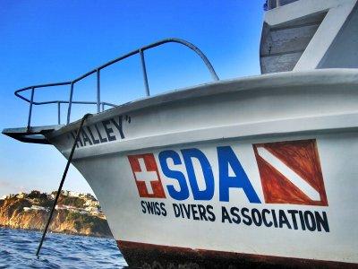 Swiss Divers Paseos en Barco