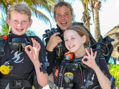 Bubblemaker diving program for children in Akumal