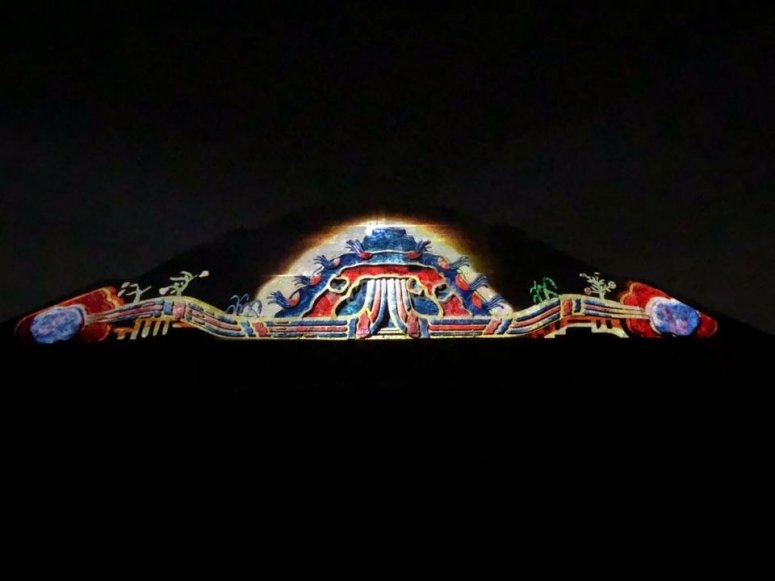 Light show in pyramid