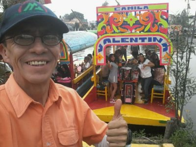 Camp and tour in Xochimilco with 2d trajinera
