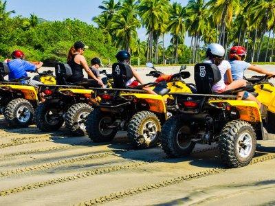 Tour en cuatrimoto monoplaza en Ixtapa 3 horas