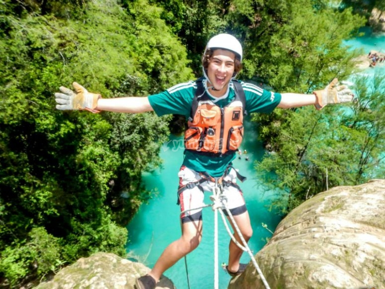 Adrenaline and rappelling adventure