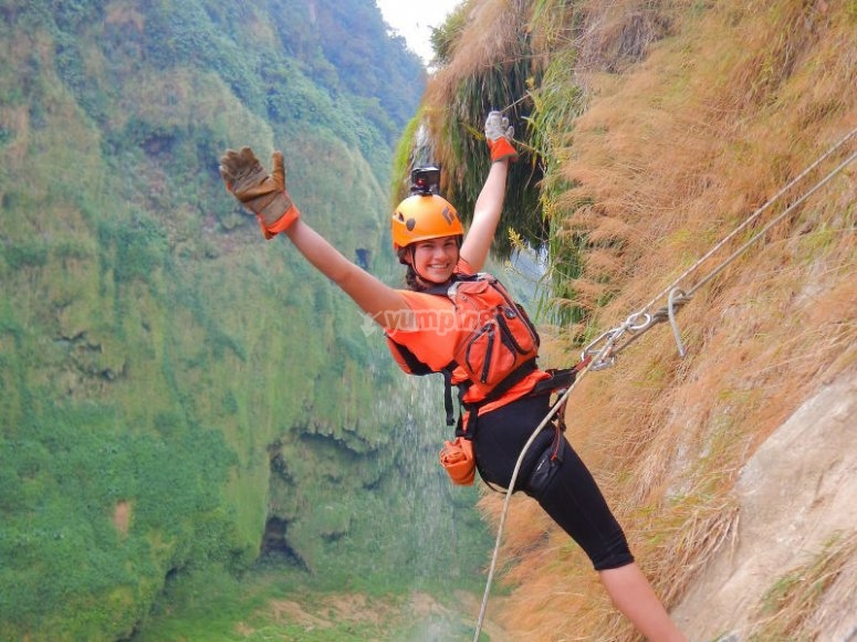 The thrill of rappelling